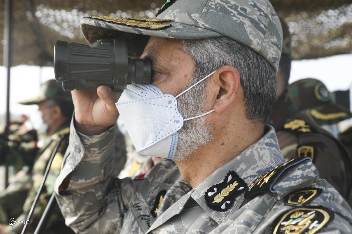 عکس/ رصد رزمایش اقتدار فرمانده کل ارتش