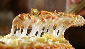 معدوم کردن ۳۰۰ کیلوگرم پنیر پیتزای غیر استاندارد در گلپایگان