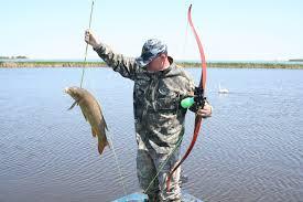 ماهیگیری با تیر و کمان