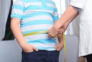 ۴۰ درصد دانشآموزان استان بوشهر وزن غیر طبیعی دارند