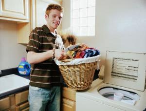 سیاست های زنانه که چطور کارهای خانه را با شوهرمان تقسیم کنیم؟