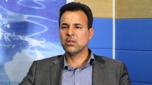 انتقاد نماینده سابق از مجلس: شعار حل معیشت میدهند اما با مسائل سیاسی برخورد میکنند