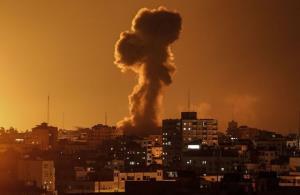 حمله هوایی و توپخانه ای رژیم صهیونیستی به نوار غزه