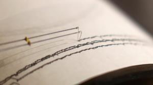 زلزله ۲.۷ ریشتری سرپلذهاب را لرزاند