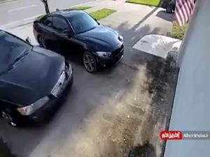 اعتقادی به باز کردن دربِ پارکینگ نداشت!
