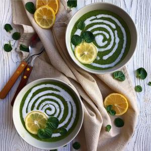 سوپ و آش/ سوپ اسفناج و خامه، غذای دلپذیر زمستانی