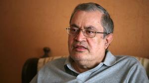 حجاریان: جریان اصیل اصلاحات چند دهه است دارد برای حداقلها تلاش میکند