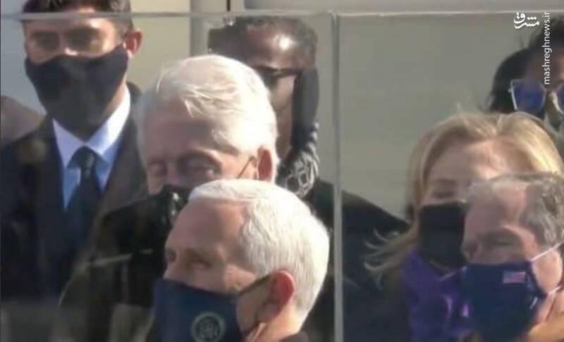 چرت زدن بیل کلینتون در مراسم تحلیف