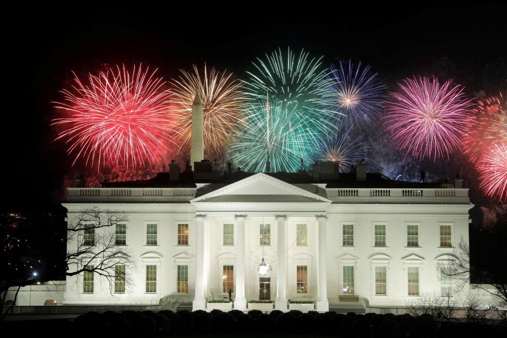 عکس/ جشن و آتش بازی پس از مراسم تحلیف جو بایدن