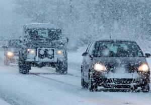 پلیسراه استان ایلام نسبت به بارش برف و لغزندگی جادهها هشدار داد