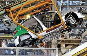 ساماندهی صنعت خودرو اولویت کمیسیون صنایع مجلس است
