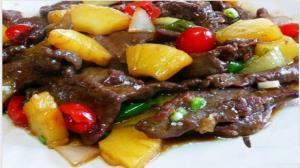 طرز تهیه خورش آناناس؛ متفاوت و خوشمزه