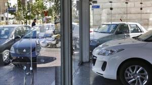 روند نزولی قیمت خودرو در دوم بهمن