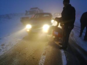 برف و کولاک ۲ محور مهدیشهر را بست