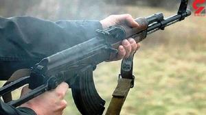 شلیک گلوله به برادرزن با ماسک ترامپ