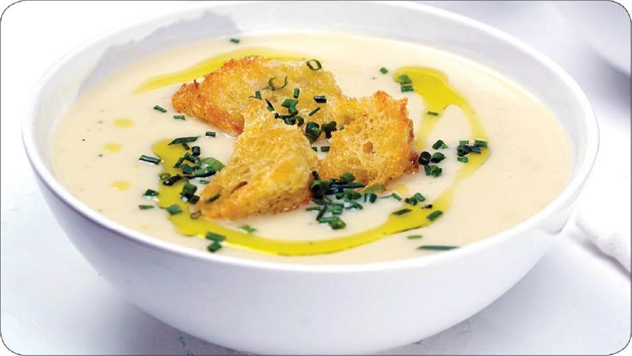 طرز تهیه سوپ اسفناج و خامه، غذای دلپذیر زمستانی