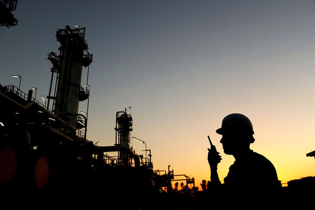 بزرگترین تأسیسات گازهای همراه نفت ایران به بهرهبرداری رسید