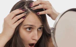 ۷ دلیل عجیب و غریب رایج که باعث ریزش مو میشوند