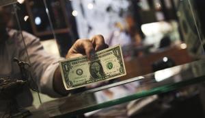 چرا دلار ارزان و دوباره گران شد؟