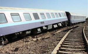 خروج قطار مسافربری زاهدان- کرمان از ریل؛ حادثه بخیر گذشت