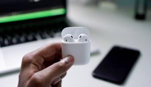 چگونه ایرپادز اپل را به گوشیهای اندروید متصل کنیم؟