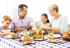 به موقع صبحانه بخورید تا چاق نشوید