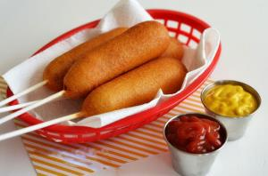 خوشمزه ترین فینگرفود خانگی لذیذ با سوسیس