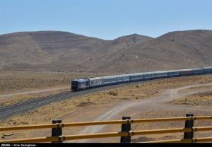 حرکت قطار زاهدان-کرمان از سرگرفته شد