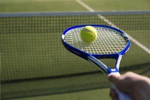 حرکت فوق حرفه ای تنیس باز ایرانی همه را شوکه کرد!