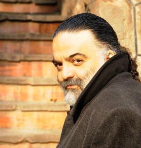 تولد پنجاه و یک سالگی علیرضا عصار، خواننده محبوب و خاطره انگیز