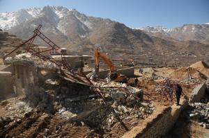 تخریب ۳ هزار متر مربع ساختوساز غیرمجاز در دهبالا تفت
