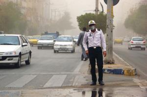سیلی زدن یک نماینده به صورت سرباز؛ پلیس واکنش نشان داد