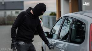 سرقت از خودرو با خونسردی کامل و غفلت راننده!