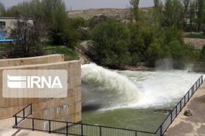 رهاسازی آب از سد دریک سلماس به دریاچه ارومیه آغاز شد