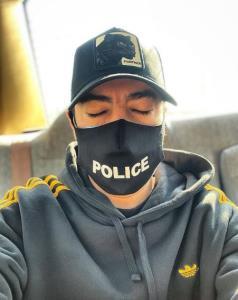 چهرهها/ نوید محمدزاده با ماسک پلیس
