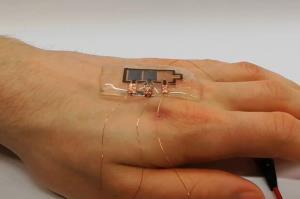 نمایشگر الکترونیکی که روی پوست نصب میشود