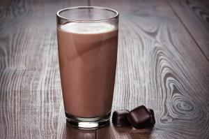چرا شیر شکلات بهترین نوشیدنی پس از انجام تمرینات ورزشی است؟