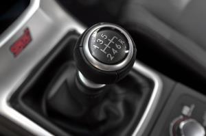 آغاز گسترش خودروهای برقی، پایانی برای خودروهای دنده دستی