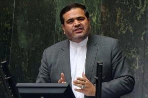 نمایندهای که به صورت سرباز سیلی زد در دولت احمدینژاد چه سمتی داشت؟
