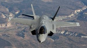 امارات: از آمریکا ۵۰ جنگنده اف ۳۵ خریدیم