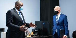 اولین تماس تلفنی وزیر دفاع آمریکا با دبیرکل ناتو