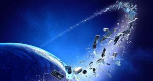 باران زبالههای فضایی در راه زمین