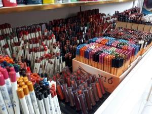 وزارت صمت: برنامه ای برای واردات لوازم آرایشی نداریم