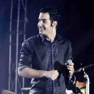 آهنگ درخواستی/ «موهات» محسن یگانه تقدیم به طرفدارانش