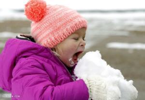 41 ژست دخترانه و پسرانه عکاسی در برف