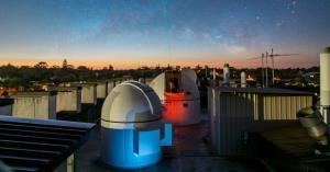 رکورد جدید ارتباط لیزر در جو با قابلیت آزمایش نظریه نسبیت اینشتین!