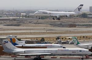 کاهش ۴۵ درصد تردد مسافر از فرودگاههای کشور در ۹ ماهه ۹۹