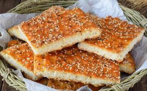 نان قندی، شیرینی محلی قزوین و ساوه