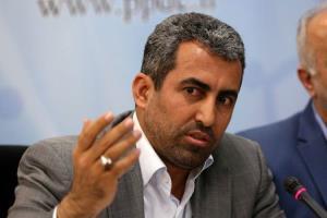 پورابراهیمی: گزینه های انتخاب جانشین رئیس بورس نگرانمان کرده است