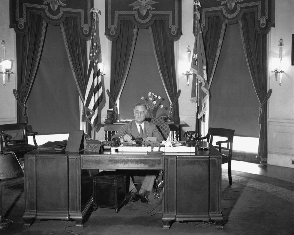عکس/ دفتر بیضی شکل کاخ سفید در گذر سالها